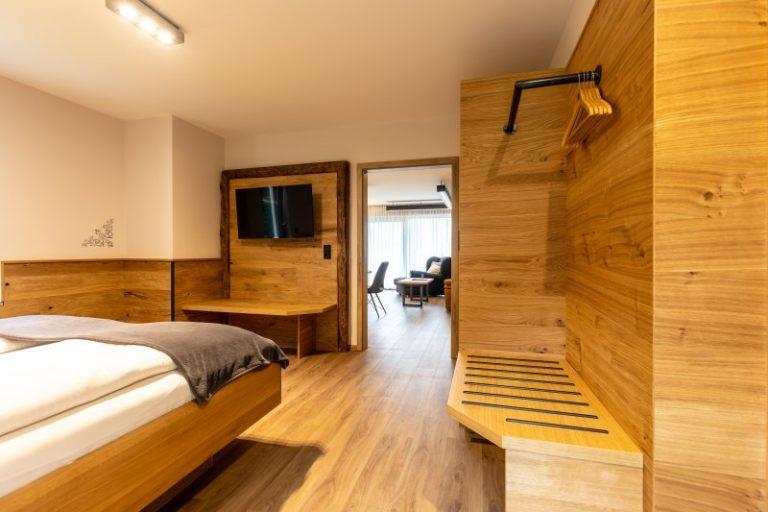 suite19_06